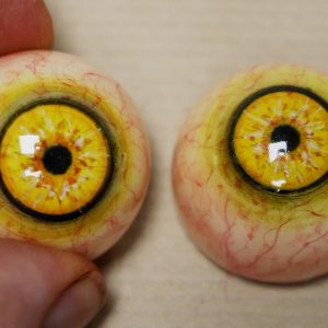 Thumbnail_Making_Resin_and_Epoxy_Eyes_-_Part_1